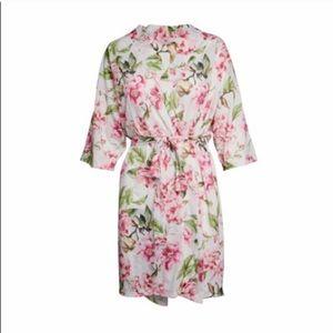 Show Me Your MuMu Intimates & Sleepwear - Show Me Your Mumu Brie floral robe NWT